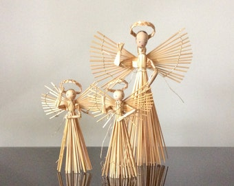 Vintage Straw Angels and Mobile Christmas