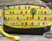 Clematis Clutch with wrist strap, key fob, in Japanese linen blend with Owls, yellow,pouch