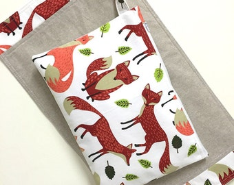 Wet bag and Change mat/pad set. Fox, beautiful foxes on linen.  Waterproof lining. Fantastic baby Gift.