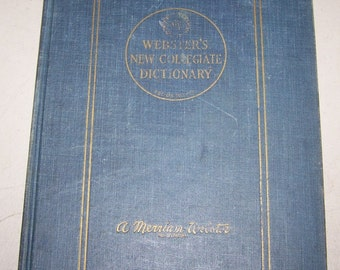 "Vintage 1959 Edition of ""Webster's New collegiate Dictionary"""
