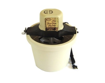 RCW Mini Yum Yum Ice Cream Maker Model 76, 1/2 Gallon Ice Cream Freezer