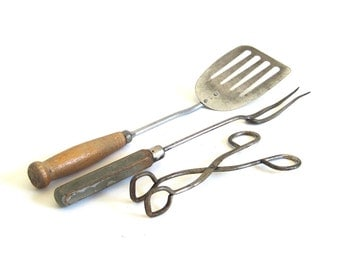 A&J Tongs Metal Spatula Primitive Utensil Meat Fork Antique Kitchen Utensils Food Photo Props