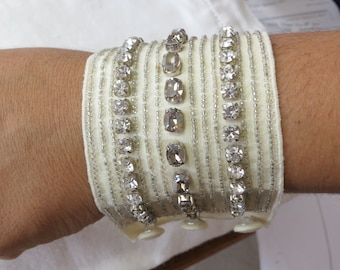 """Lovely rhinestone and glass bead bracelet on fabric, covered button fastening, winter white, 7"""" X 2.5"""" ins. Very unusual. JEB(SGS)15.5-1."""