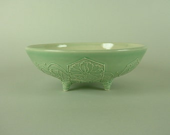 Thrown Serving Bowl - Pistachio Green Bowl with feet - Large