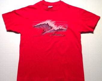 1980's Hawaii t-shirt, fits like a large