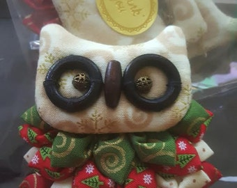 Handmade Christmas Owl brooch.Owl pin brooches