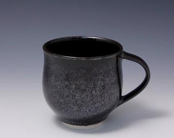 Wheel-thrown Porcelain Mug with Tenmoku glaze by Hsinchuen Lin 林新春
