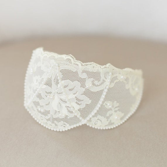 Ivory Lace Cap, Ivory Headpiece, Vintage Lace Headband, Ivory Lace Crown, Princess Grace Ivory Veil Cap, Wedding Headpiece - STYLE 31