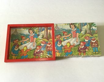 Vintage Disney Snowh White & Seven Dwarfs Wood Blocks Puzzle