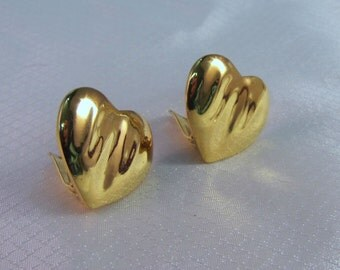 1970's Vouge Bijoux Gold Plated Heart Clip Earrings