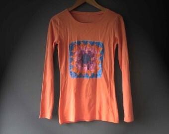 Orange Blue Pink Granny Square Print T shirt Womens DTG Printing Size 10 S-M