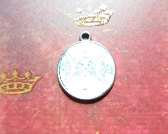 Epoxy Resin Goddess Silver Pendant TCJG