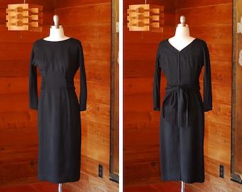vintage 1960s black wiggle dress / size medium