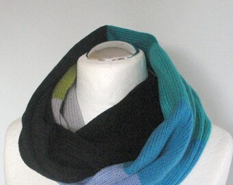 Black Knit Infinity Scarf Chunky Infinity Scarf Knit scarf Knit Cowl Scarf Neckwarmer Circle Scarf Chunky Scarf Azure Green Moss Striped