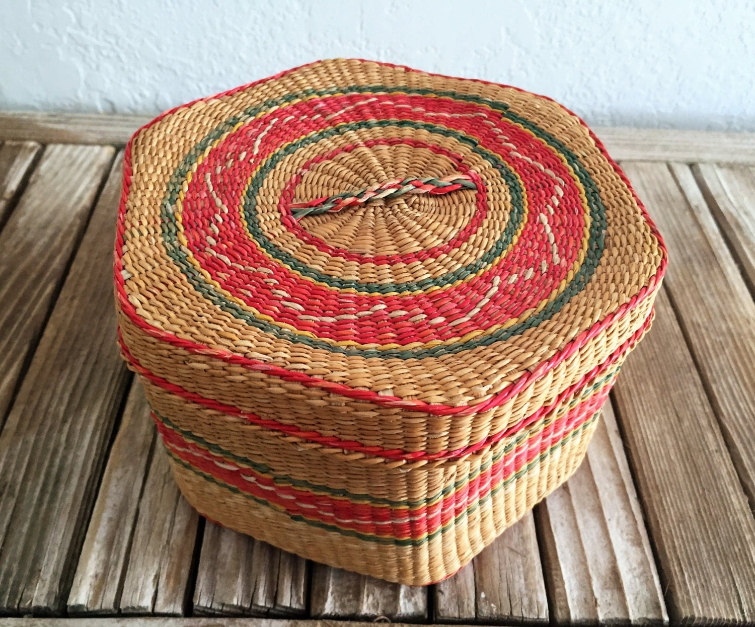 How To Weave A Sweetgrass Basket : Vintage woven sweet grass basket