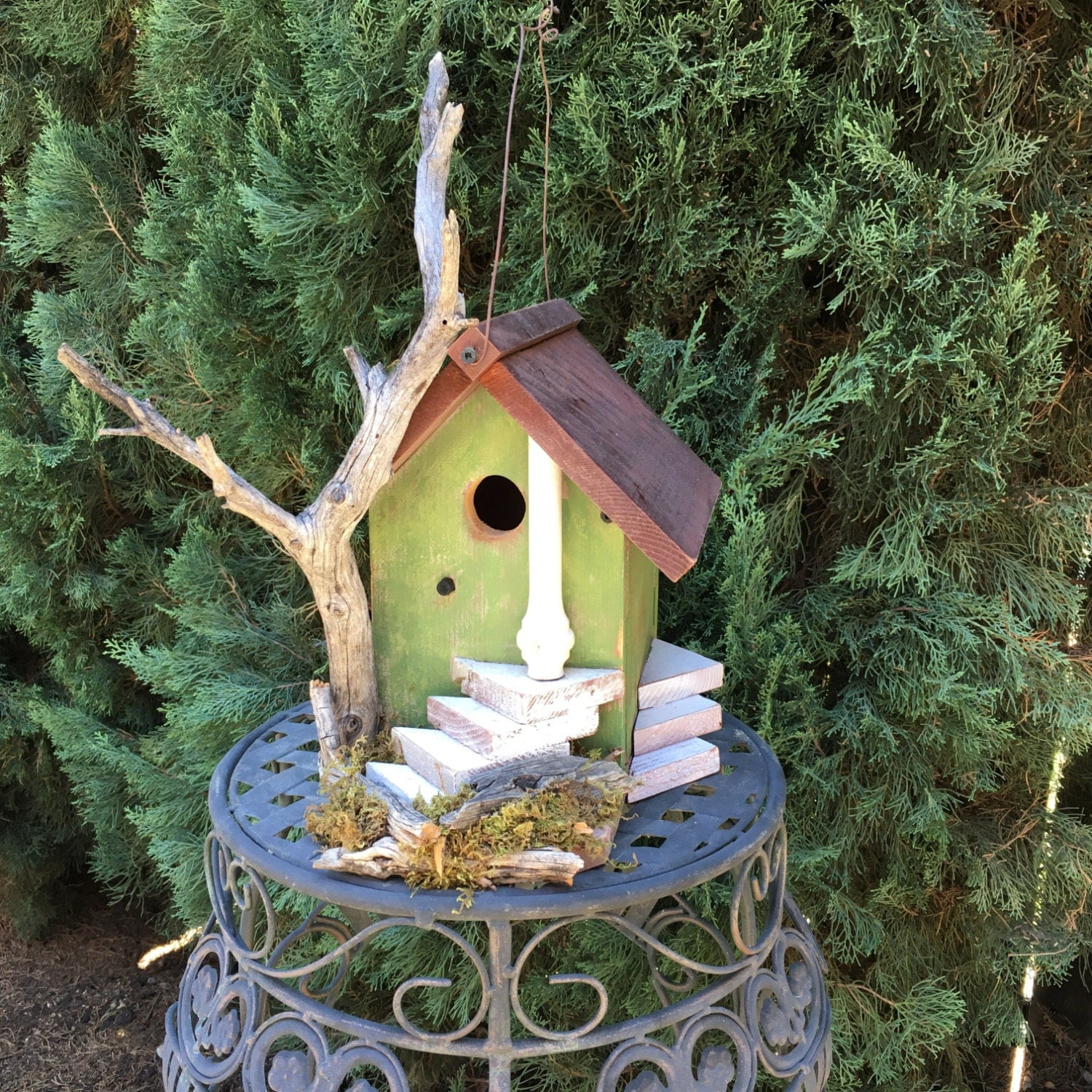 Decorative Bird House Theme And Kids Rooms Ideas: Rustic Wood Birdhouse Functional Unique With Natural