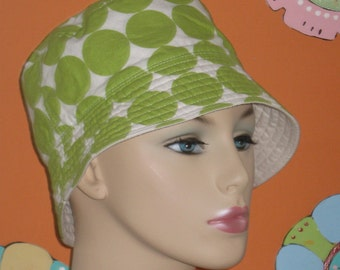 Womens Chemo Hat Bucket Hat Cancer Hat Reversible. Made in the USA. Green ( For Size Guide, see 'Item Details' below photos)MEDIUM-LARGE