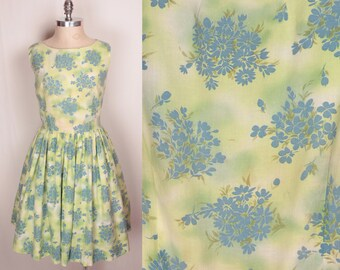 1960s day dress // blue floral print