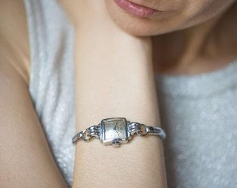 Great dress watch for lady FELCA, woman's wristwatch 60s, square lady's watch, delicate watch bracelet, gift her retro watch mechanical