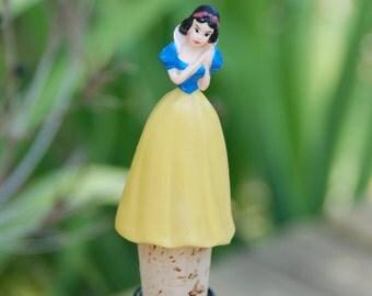 Snow White Wine Bottle Stopper Disney