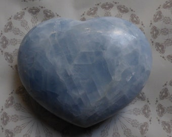 Blue Calcite heart, Blue Calcite, Calming, Soothing, Calm communication
