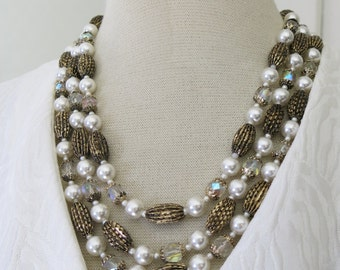 60s necklace in gold, pearls and crystal