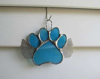 "Stained Glass Paw Print ""Paws To Remember"" Angel - Aqua and White Wispy Glass  Memorial Marker - Customizable Hand Stamped Name Tag"