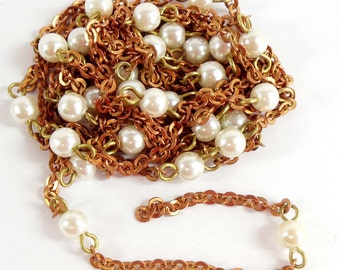 Vintage Chain, Simulated Pearl, Pearl and Copper Coat Chain, Vintage Jewellery Supplies, Jewelry Chain, Bsue Boutiques, 4.5 Feet, Item08211