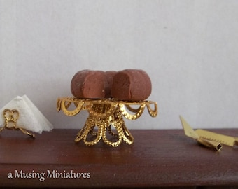 Gold Filigree Metal Cake Stand in 1:12 Scale for Dollhouse Miniature Bakery Buffet