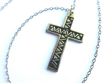 Vintage BLACK & SILVER Cross, Etched/Embossed Silvertone Cross and  Neck Chain, Classic Cross Pendant Necklace, Mens Cross, Ladies Cross