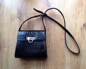 Vintage black small shoulder bag
