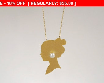 SALE!!! Girl with a Pearl Earring Gold Necklace , Movie / Book Inspired , Woman Silhouette Charm , Woman Silhouette Necklace , Gift for Her