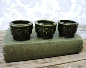 Egg Cups, Ceramic Green Shamrock, Made in Ireland, Shannon, 1950's, set of three, fswp