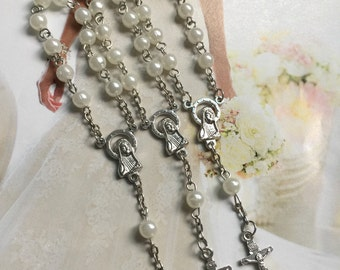 12 pcs  First communion favors / Mini  Rosary Baptism Favors / Baptism favors / Religious Mini Rosary /  white simulated pearls Narelo