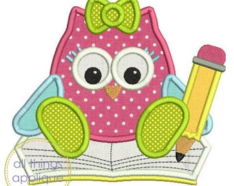 Owl with Book and Pencil (#734) - SATIN Stitch - 4 Sizes - Back to School Applique - INSTANT DOWNLOAD
