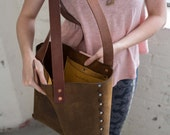 Leather Tote Bag Riveted ...