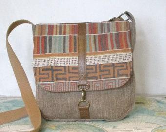 Santa Fe -- Crossbody messenger bag // Vegan purse // Crossover // Field bag // Satchel // Southwestern // Tribal // Grey // Ready to ship