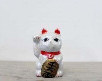 Vintage Ceramic Maneki Neko Lucky Cat Figurine - Japanese Ceramic Beckoning Cat - Feng Shui Room Decor