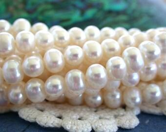 Fresh Water Pearls, White Fresh Water Pearls, Wedding Pearls, Potato Pearls, Heirloom White Luster Fresh Water Pearls  FWP-086