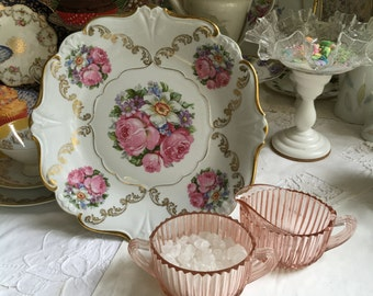 WWII Vintage - Large Square Pedestal Cake Stand - 5 Bouquets Festooned in Gold - Cupcakes - Tarte - Bareuther - Waldsassen, Bavaria, Germany