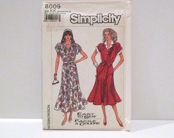 Gored Skirt Dress Vintage Butterick 5320 Sewing pattern 1980s Spectator Dress Size 8 10 12 14 Shirtwaist Day Dress Easy Extended Shoulders