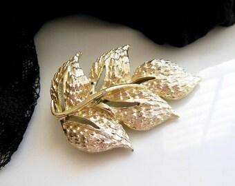 Vintage Textured Light Gold Tone Metal Leaf Brooch Pin