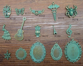 antique bronze with Green charms pendant c8170-8195