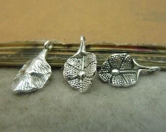 50pcs 11*21mm antique silver  leaf  charms pendant C4838