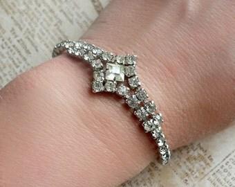 Vintage Art Deco Bracelet - Rhinestone Bracelet -  1920s Bride - Vintage Wedding - Prom Bracelet