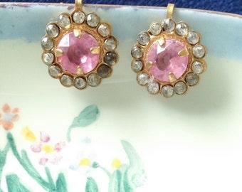 Free Shipping / 1930s Pink Rhinestone Screw Back Earrings