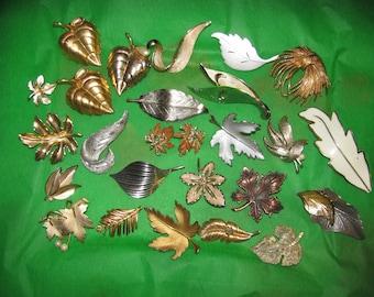 Destash Craft Lot of 25 Vintage Gold and Silver Tone Leaf Brooch Pins