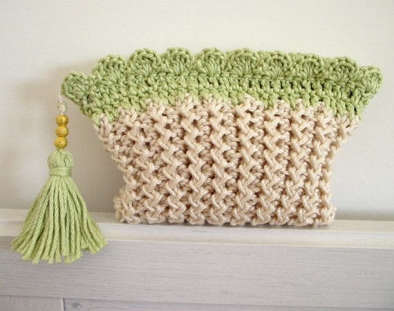 KNITTING BAG PATTERN Cosmetic bag Purse with Tassel and