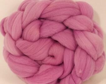 Hand dyed Targhee top - Brazilwood - 3.9 oz.