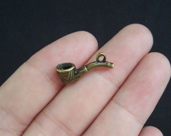 Tobacco Pipe Charms, Antique Bronze Tone 20 x 13 mm 3- D - bz360
